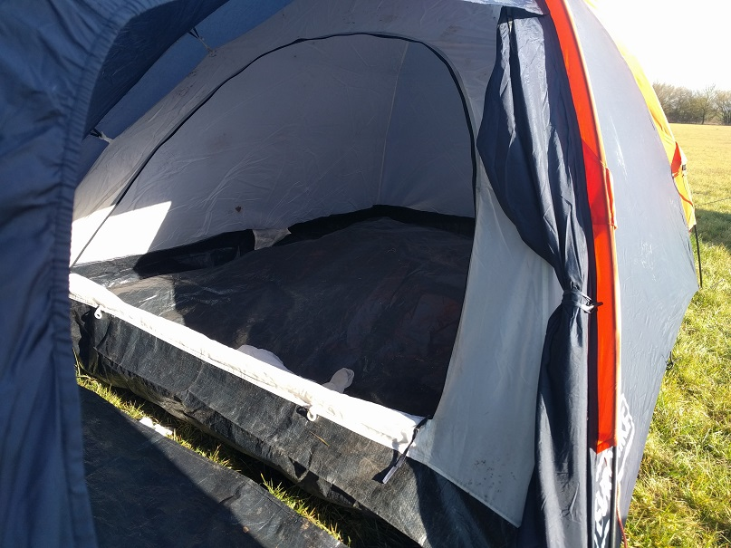 double skinned tent - yougo camping